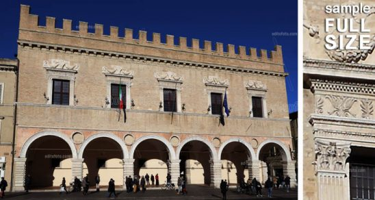 Pesaro Palazzo Ducale. Palazzo Ducale is a vast isolated, with the facade made realize by Alessandro Sforza. Renovated and expanded to its present size by the Della Rovere, Duke of Urbino and Pesaro between 1523 and 1621 approximately.